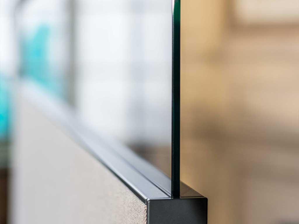 AOS Raumgliederung Silence Line Glasaufssatz